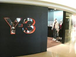 Y-3 Clothes Shop
